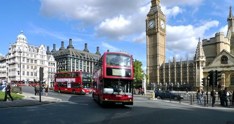 Plecari Hunedoara Londra